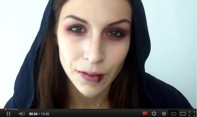 ... maquillage de vampire-sans-être-pouf que je trouve assez réaliste
