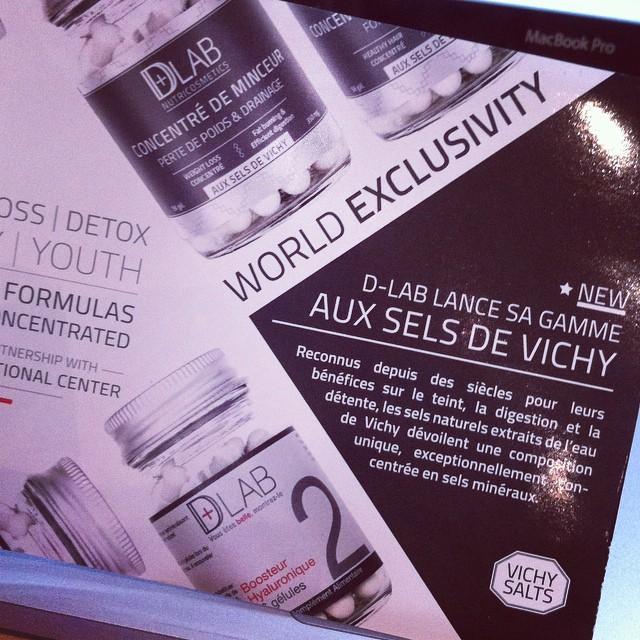 Distribution des flyers pour la nouvelle gamme aux sels de #vichy lancée par #dlab ? #dlabnutrocometics