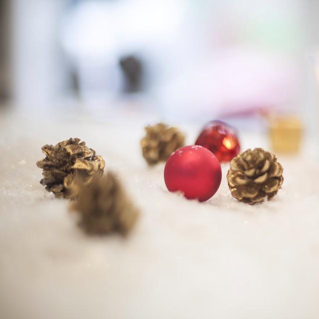 DLAB se prépare pour Noël ... Et forcément ce sont de belles surprises ❤️? Belle journée #dlab #dlabnutricosmetics #decoration #journéedefete #bio
